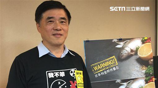 前台北市長郝龍斌赴市議會推公投反核災食品 盧冠妃攝