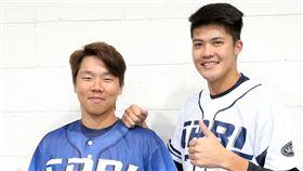 中職聯隊將會穿上霹靂日主題球衣比賽(圖/中職提供)