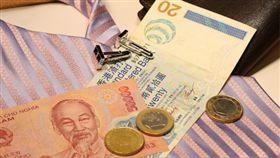 網傳央行換新鈔  越南逮捕造謠者  越南盾 https://goo.gl/G5PGFf ▲圖/攝影者JIA GUI, flickr CC License