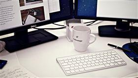 工作,職場,上班族,辦公室,電腦(圖/PEXELS)