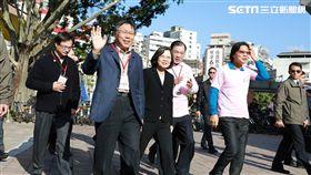 台北市長柯文哲和總統蔡英文、內政部長葉俊榮出席移民節活動 北市府提供