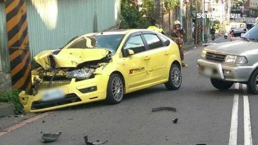 """四車""""連環撞""""輪胎掉 跨雙黃線逆向肇禍"""