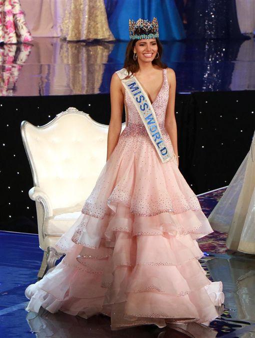2016,世界小姐,波多黎各,戴巴耶,Stephanie del Valle,冠軍,選美,比賽(推特 https://twitter.com/MissWorldLtd)
