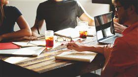 討論,開會,會議,職場,工作,團隊(圖/PEXELS)
