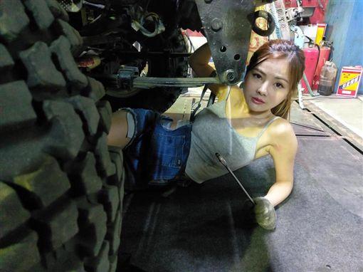 小桃子 臉書https://www.facebook.com/vivi02257/photos/a.309431629388985.1073741828.309428806055934/411702955828518/?type=3&theater