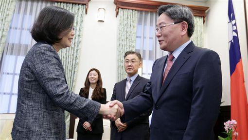 總統蔡英文接見駐臺北韓國代表部新任代表楊昌洙 圖/總統府提供
