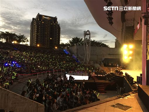 最強音熱力開唱中 湧入近六千名觀眾 圖/記者王建棠攝影