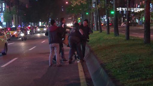 酒客鬥毆不滿被拍 3人毆記者打到路中央