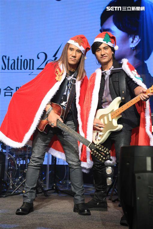 20161225-動力火車為音樂會穿上耶誕裝開唱