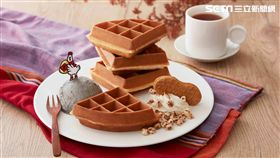 酷聖石Cold stone冰淇淋新品「芝麻爆囍」與「芝麻麻糬冰淇淋鬆餅」。(圖/酷聖石提供)
