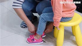 新鞋買大一號、好看就好?達人、醫師:家長常犯的錯!