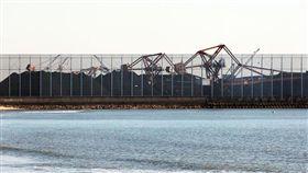 中國大陸河北省秦皇島將建造防塵網降低霧霾空氣汙染/翻攝自大路中青網