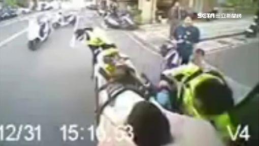 6歲男童橫越馬路 遭車撞捲成拱型