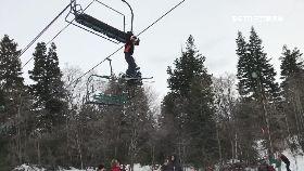 滑雪險墜死1600