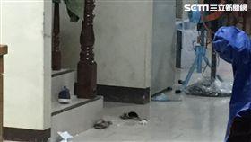 澎湖2家人燒炭身亡 里長急赴現場(駐地拍攝)