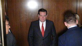 蔡總統與美參議員克魯茲會談 美國前總統參選人暨聯邦參議員克魯茲前往總統蔡英文 下榻飯店,與英捷專案訪問團高層會談。 中央社記者廖漢原休士頓攝影