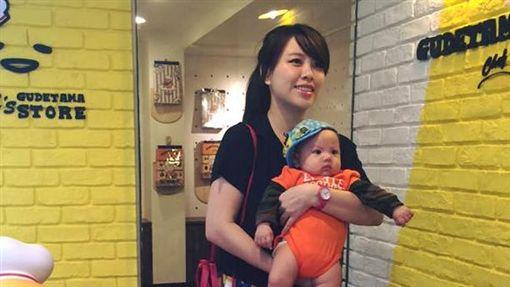 插畫家轉職母乳工廠 彎彎:我就這樣當媽了