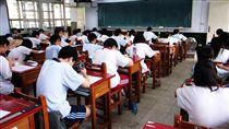 考試,學生,教室,學校 圖/攝影者,chia ying Yang,Flickr CC License https://flic.kr/p/2Hdzgt