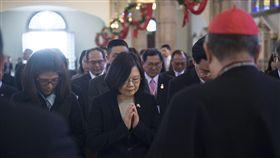 總統蔡英文參觀宏都拉斯Suyapa大教堂 圖/總統府提供