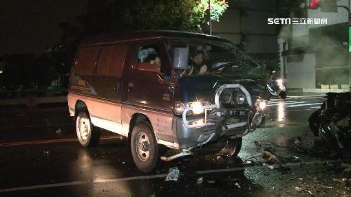 又是酒駕!醉轎車駕駛撞廂型車 三傷送醫