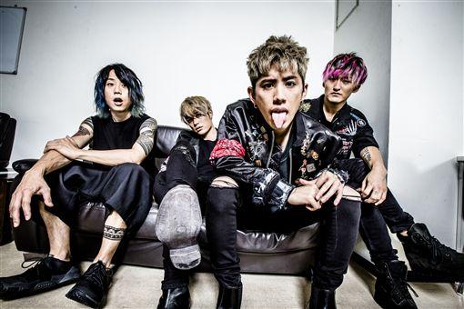 日搖滾天團ONE OK ROCK發新輯 全新巡迴將開唱 圖/華納音樂提供