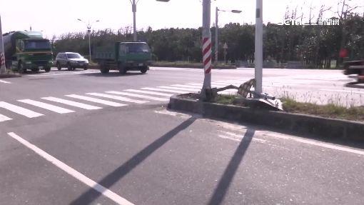 巧!四屍五命現場 轎車打滑幼童滑出安全椅