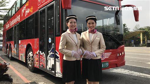 雙層觀光巴士啟航/記者簡佑庭攝