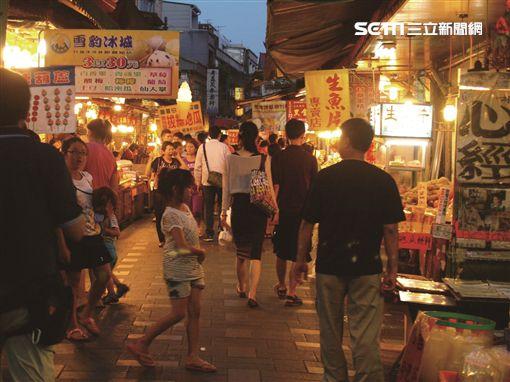 新北旅遊,雞年走春6大步塞車秘境,金山老街(圖/新北觀傳局提供)