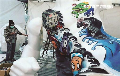 2017台北燈會,元宵夜西城嘉年華大遊行,媽祖,花車,賞燈,過年。(圖/北市觀傳局提供)