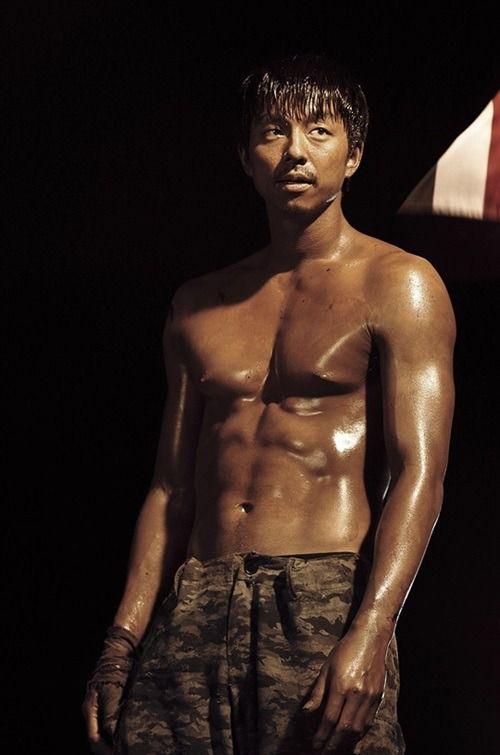 圖翻攝自韓網 孔劉肌肉