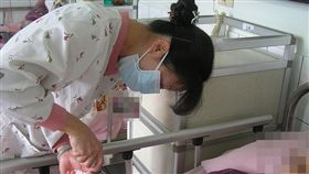 護士-Flickr-台南市麗新養護中心-https://www.flickr.com/photos/lixin90/2470799870/