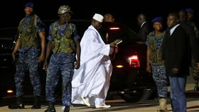 甘比亞強人賈梅(Yahya Jammeh)_路透
