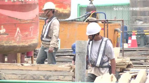 退休金難比公務員 勞工恐淪「下流老人」-勞工-