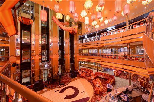 郵輪,旅遊,派對,歌詩達,基隆,幸運號,文藝復興,博物館之船,Costa Group
