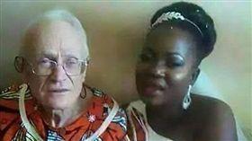 就是要嫁土豪!29歲女成92歲富翁人妻(圖/翻攝自每日郵報)