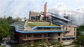 臺南成大綠色魔法學校-孫運璿綠建築科技大樓 圖/內政部提供