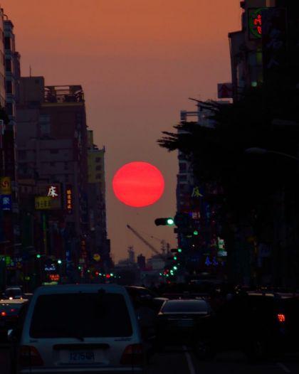 曼哈頓.懸日,高雄,青年路,民權路,攝影,奇景,初一,年節,小確幸