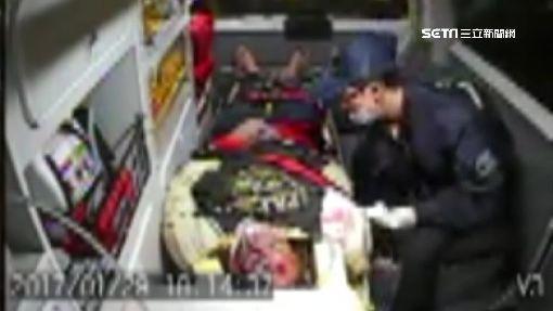 雪上加霜!休旅車撞救護車 重傷病患命危