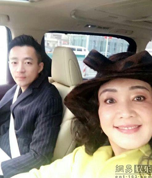 ▲汪小菲帶一家人出遊。(圖/翻攝自網易娛樂) http://www.weibo.com/ttarticle/p/show?id=2309614069555415730882