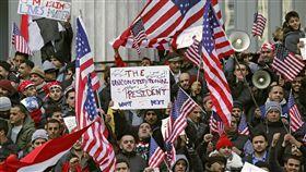 民眾抗議川普的旅客禁令_美聯社,旅行禁令,旅遊禁令