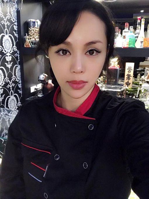 林韋伶,陳垣妧,餐廳(圖/翻攝自土豪薑私廚臉書)