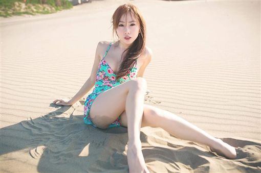 T妹,Tiffany Chen,Tiffany,色情,盜用,網紅,性感-翻攝自Tiffany Chen臉書粉絲專頁