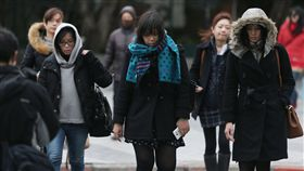 保暖,天冷,禦寒,寒流 圖/中央社