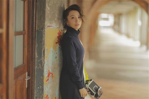 黃雅莉為新輯拍照 上演交通驚魂記 圖/種子音樂提供