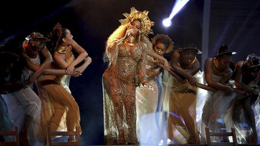 碧昂絲,Beyonce,懷孕,雙胞胎,龍鳳胎,葛萊美,GRAMMY/達志影像/美聯社