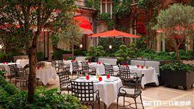 巴黎雅典娜廣場飯店。(圖/Hotels.com提供)