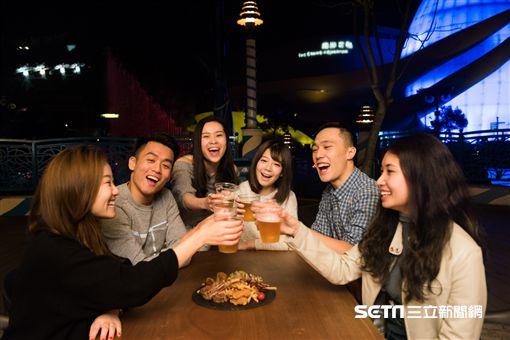 香港海洋公園全新的夜間美酒佳餚盛會︰南島饗樂。(圖/香港海洋公園提供)
