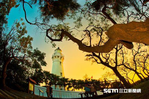 台灣燈塔風情,白沙岬燈塔。(圖/航港局提供)