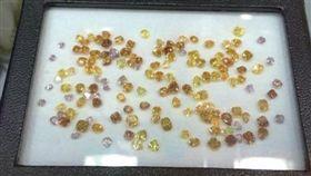 彩鑽,鑽石(圖/時報出版提供)