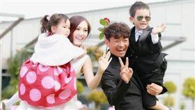 王寶強和前妻馬蓉爭奪兒女撫養權。(圖/翻攝自新浪娛樂微博)